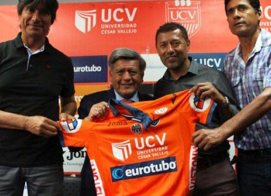 Roberto Palacios fue presentado como nuevo gerente de UCV