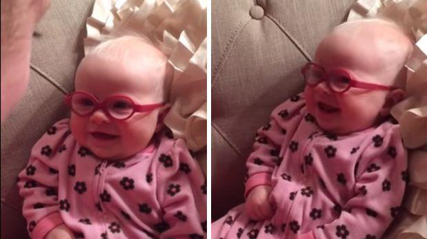 La reacción de un bebé al ver por primera vez a su mamá [VIDEO]