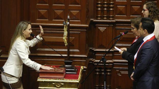 Luciana León juró como tercera vicepresidenta del Congreso — PERÚ