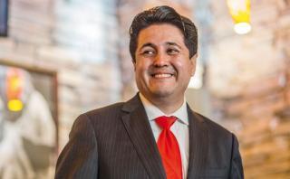 El concejal peruano en Estados Unidos que apoya a Donald Trump