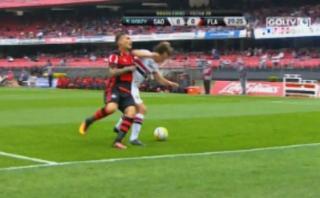 Guerrero sufrió codazo de Lugano y no quiso disculparlo [VIDEO]