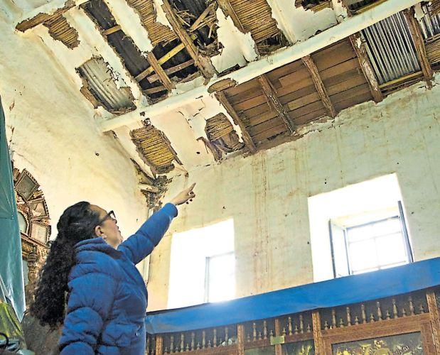 El templo de San Blas –Patrimonio de la Humanidad– presenta graves daños en algunas partes de su infraestructura. (Víctor Zea)