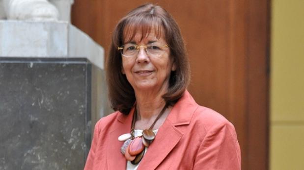 Chilena gana categoría latinoamericana de premio L'Óreal Unesco