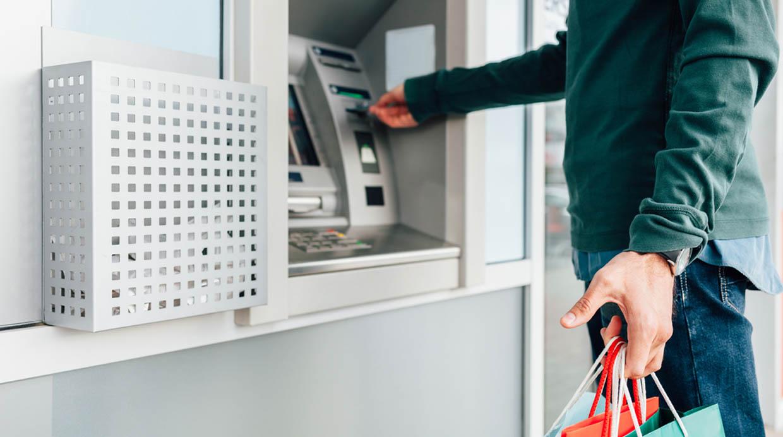 [Foto] ¿Cómo aprovechar al máximo tu tarjeta de crédito en tu viaje?
