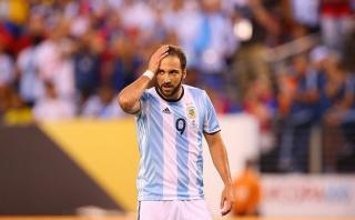 Higuaín habló por primera vez de sus goles fallados en finales