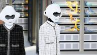 Chanel presentó desfile tecnológico en París