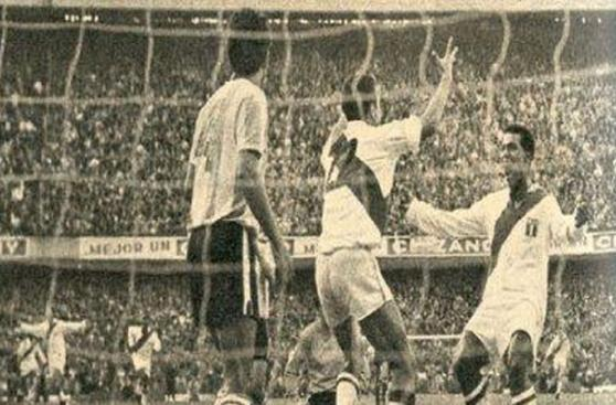 Perú vs. Argentina: el álbum de fotos de un choque con historia