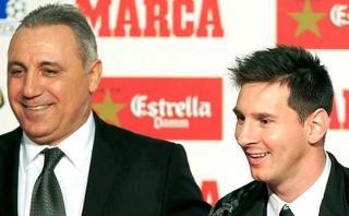 """Messi: Stoichkov dijo que """"besaría en la boca"""" al argentino"""