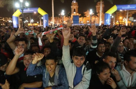 Perú vs Argentina: así se vivió el partido en la Plaza de Armas