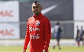 Chile: Vidal no entrenó con normalidad por dolencias físicas