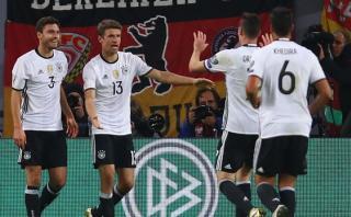 Alemania goleó 3-0 a República Checa por Eliminatorias europeas