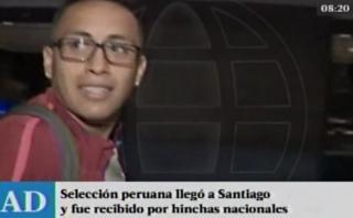Selección llegó a Santiago y fue ovacionada por barra peruana