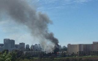 California: Incendio de remolque causó pánico en hospital