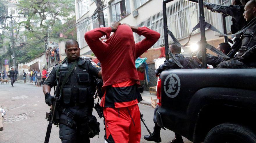 Tres muertos tras tiroteo en dos barrio turísticos de Brasil
