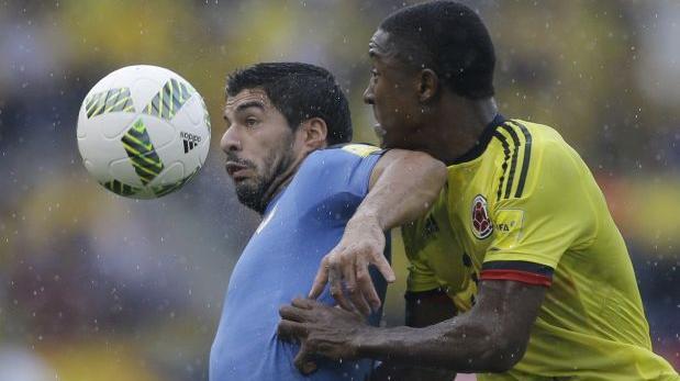 Colombia no pudo ante Uruguay y empataron 2-2 en Barranquilla