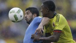 Colombia no pudo ante Uruguay y empató 2-2 en Barranquilla