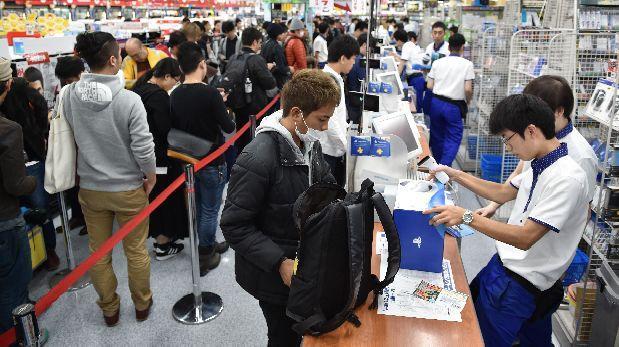 El PlayStation VR está casi agotado en su primer día en Japón