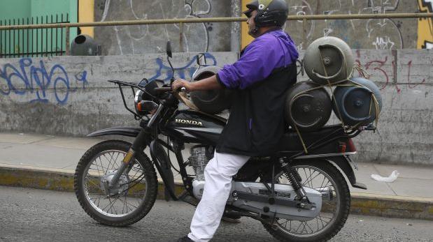 Surco: más de cien motociclistas repartidores multados el 2016