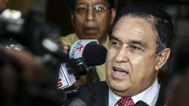 """""""Apra y fujimorismo buscan bloquear a Humala en el 2021"""""""
