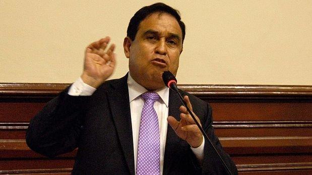 """Otárola: """"Congreso está funcionando dictatorialmente"""""""
