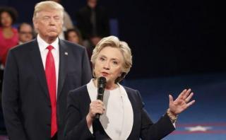 """Hillary Clinton: """"Trump intentó acecharme durante el debate"""""""