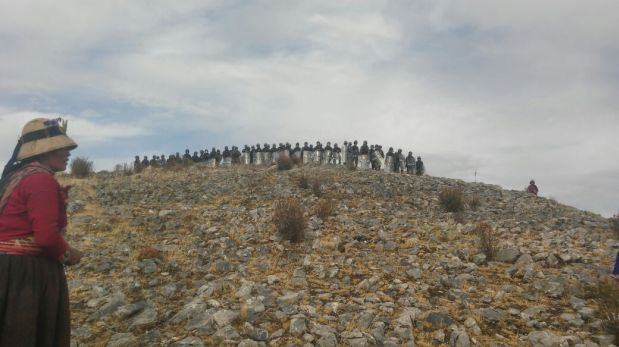 Los manifestantes fueron despejados por un contingente de 500 policías. Muerte de morador se habría producido por herida de bala. (Foto: Cortesía)