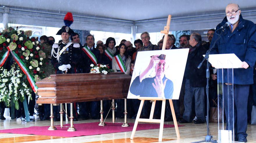 Dario Fo: multitudinario adiós al Nobel de Literatura