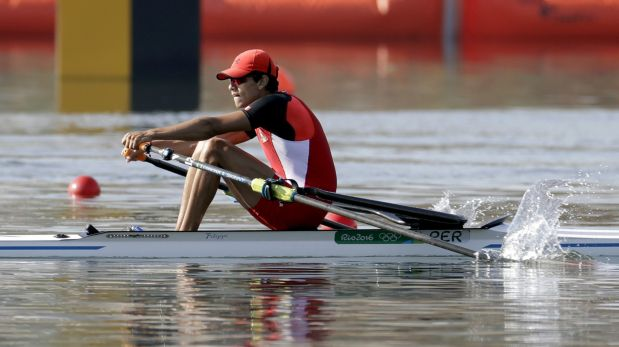Renzo Leon Garcia, of Peru, competes in the men's single scull heat during the 2016 Summer Olympics in Rio de Janeiro, Brazil, Saturday, Aug. 6, 2016. (AP Photo/Andre Penner)