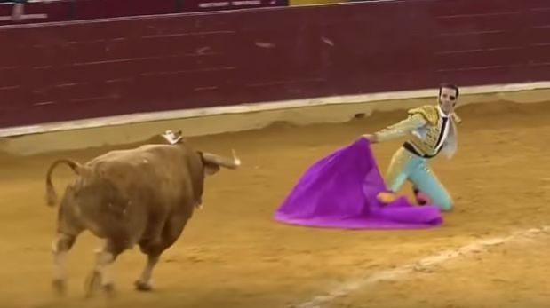YouTube: torero que perdió un ojo vuelve a sufrir cornada