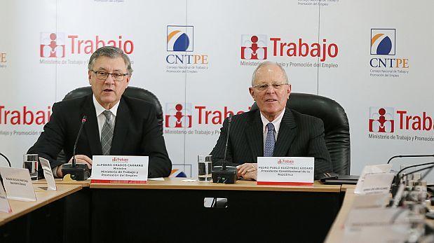 Ministro Grados destaca que ONPE validó aportes que recibió PPK