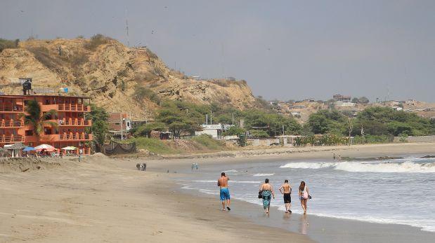 Ordenan paralizar desalojos en playas de Piura y Tumbes