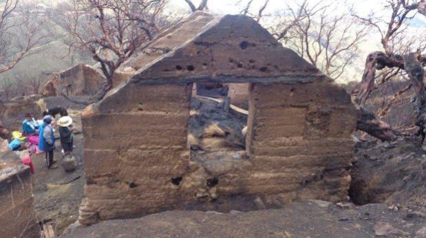 Huancavelica: incendio dejó a 10 familias sin viviendas