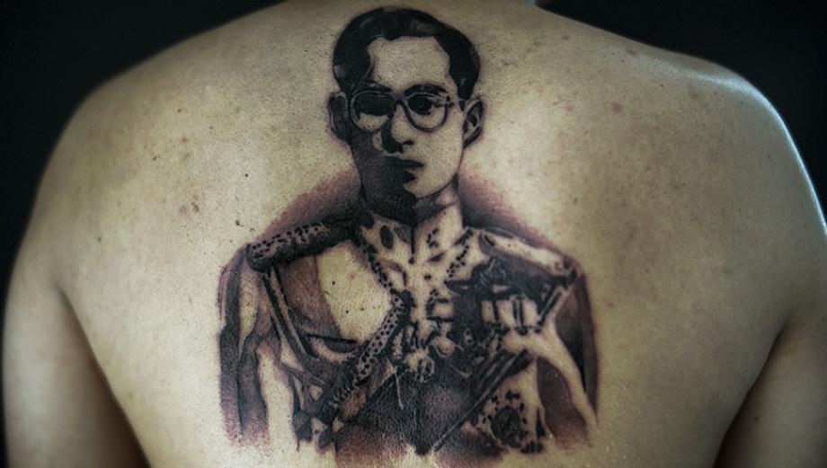 Tailandia: Tatuajes en señal de luto eterno por el rey Bhumibol