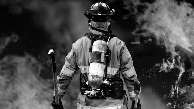 Policía Nacional rinde homenaje a bomberos caídos en Facebook