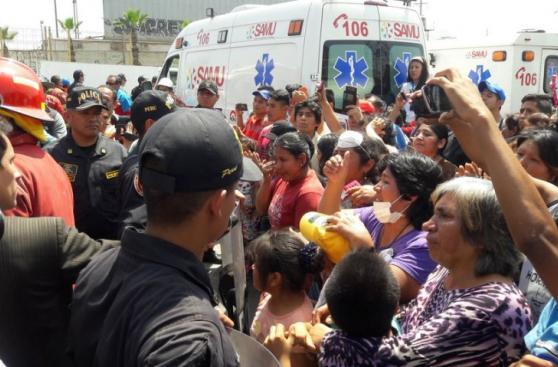 El Agustino: los bondadosos gestos hacia bomberos tras tragedia
