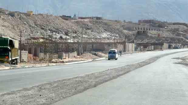 Inconclusa carretera a La Joya deja pérdidas por S/86 millones