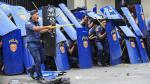 Filipinas: Policía arrolló a manifestantes frente a embajada - Noticias de momentos históricos