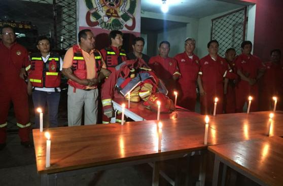 Bomberos de Tarapoto e Iquitos hicieron vigilias por fallecidos