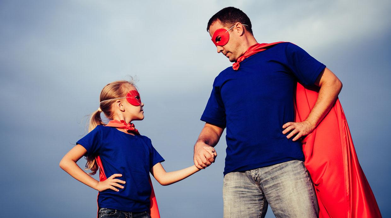 Halloween: diviértete con los mejores disfraces de papá e hija