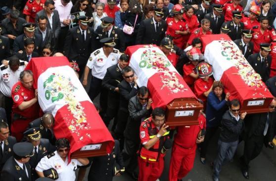 El último adiós a valerosos bomberos que murieron en incendio