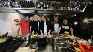 Sabroso encuentro entre Blades, Sanz y tres cocineros peruanos