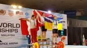 Peruana gana medallas de plata y bronce en Mundial de Pesas