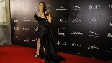 Demi Moore deslumbró en gala de Mario Testino en Lima