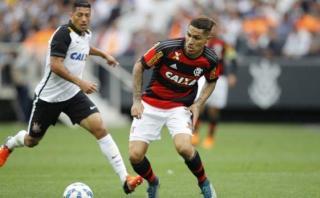 Flamengo igualó 2-2 ante Corinthians con doblete de Guerrero