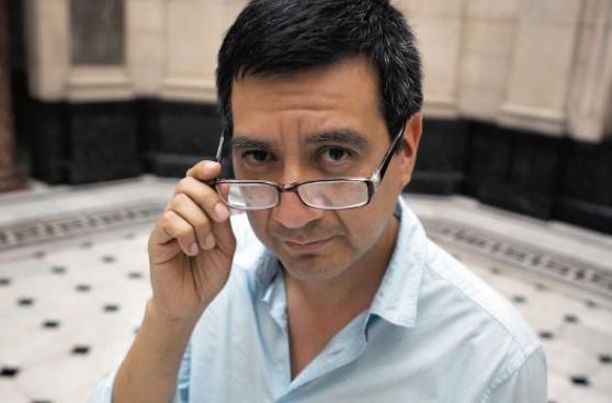 """Mínimas listas: Tres """"pentálogos"""" de escritores de microficción"""