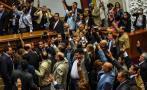 Venezuela: La agitada sesión que aprobó el juicio contra Maduro