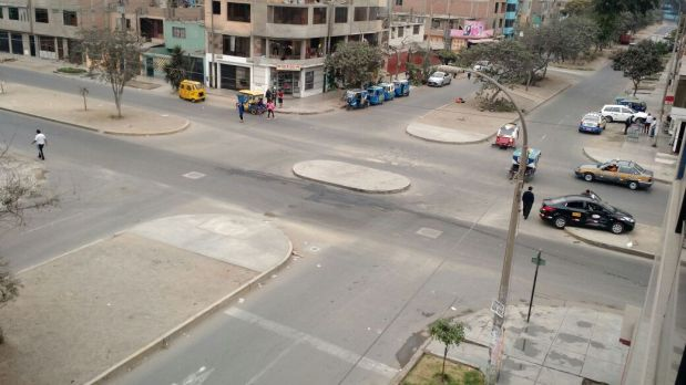El choque de esta mañana dejó como saldo a dos personas heridas. (Foto: WhatsApp)