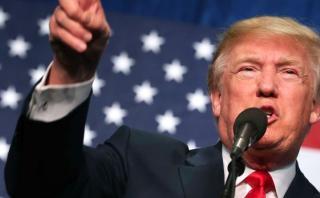 """Trump: FBI investiga """"conducta criminal"""" de Clinton"""