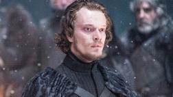 """""""Game of Thrones"""": ¿Qué pasará con Theon en la temporada 7?"""