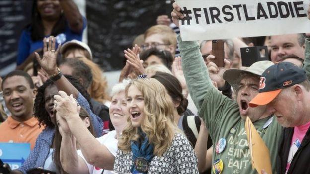 La sugerencia del título de First Laddie (primer muchacho o chico) viene de los simpatizante de Hillary y Bill Clinton. (Foto: AP)